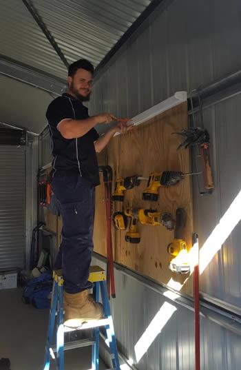 installing-lights